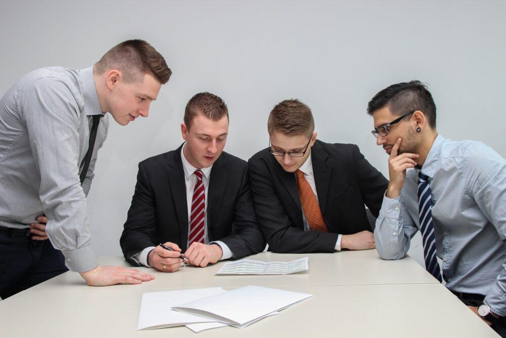 「働き方改革」で投資家から注目されている銘柄(企業)15社