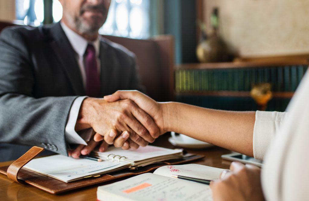 【徹底比較】ホワイト企業に出会うためのおすすめ転職エージェントを解説